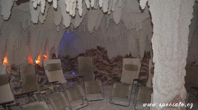 velká solná jeskyně s fontánkou